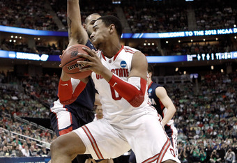PITTSBURGH, PA - MARCH 17:  Jared Sullinger #0 of the Ohio State Buckeyes drives in the second half against Robert Sacre #00 of the Gonzaga Bulldogs during the third round of the 2012 NCAA Men's Basketball Tournament at Consol Energy Center on March 17, 2