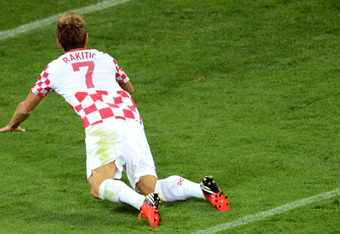 Ivan Rakitic wastes a glorious chance agianst Spain