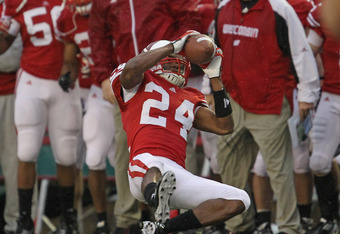 MADISON, WI - NOVEMBER 26: Shelton Johnson #24 of the Wisconsin Badgers intercepts a pass against the Penn State Nittany Lions at Camp Randall Stadium on November 26, 2011 in Madison, Wisconsin. (Photo by Jonathan Daniel/Getty Images)