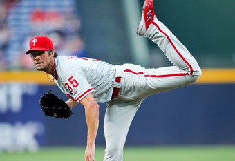 Cole Hamels would add major depth to the Dodgers' pitching staff.