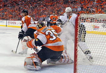 The Flyers need to find a solid backup goalie.