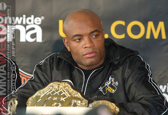 Photo by Jeff Cain/MMAWeekly.com