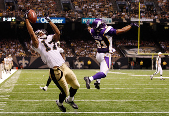 NEW ORLEANS - SEPTEMBER 09:  Robert Meachem #17 of the New Orleans Saints drops a pass against the Minnesota Vikings at the Louisiana Superdome on September 9, 2010 in New Orleans, Louisiana.  (Photo by Chris Graythen/Getty Images)