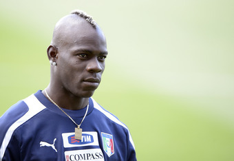 KRAKOW, POLAND - JUNE 26:  Mario Balotelli of Italy during a training session on June 26, 2012 in Krakow, Poland.  (Photo by Claudio Villa/Getty Images)