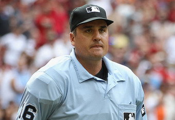 Umpire Mike DiMuro doesn't need to see a play occur before making a call on it, apparently.