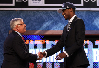 NEWARK, NJ - JUNE 28:  Michael Kidd-Gilchrist (R) of the Kentucky Wildcats greets NBA Commissioner David Stern (L) after he was selected number two overall by the Charlotte Bobcats during the first round of the 2012 NBA Draft at Prudential Center on June