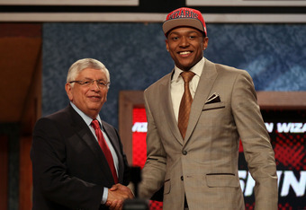 NEWARK, NJ - JUNE 28:  Bradley Beal (R) of the Florida Gators greets NBA Commissioner David Stern (L) after he was selected number three overall by the Washington Wizards during the first round of the 2012 NBA Draft at Prudential Center on June 28, 2012 i