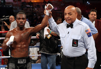 Unbeaten Gary Russell Jr. fights in the co-feature match