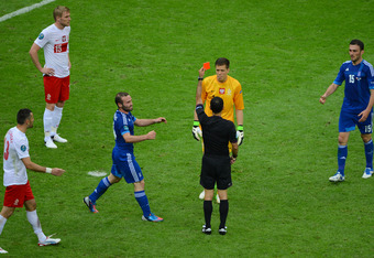 Szczesny sees red against Greece.