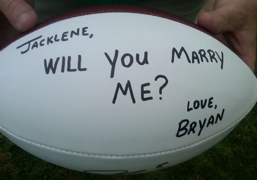 Giants-fan-football-proposal_original