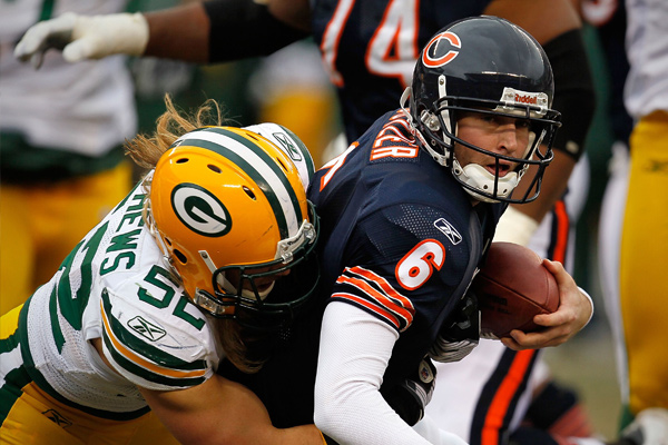 Clay Matthews sacks Jay Cutler