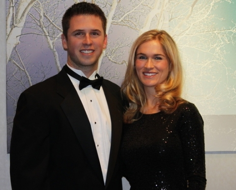 2012-02-21-16-35-27-2-buster-posey-and-his-beautiful-wife-kristen-posey_original