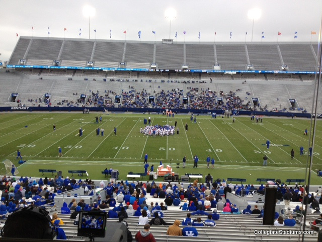 2012-kentucky-spring-game-attendance_original
