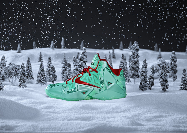 Nike Unveils Their Christmas Sneakers [PHOTO]