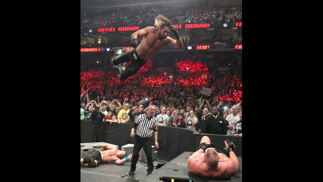 Brock lesnar vs john cena vs seth rollins proved wwe champ is needed