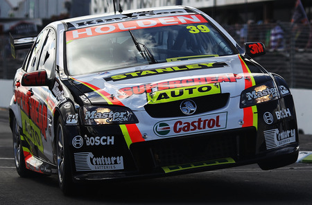 Auto Racing  Zealand on New Zealand April 18 Russell Ingall Drives For Supercheap Auto Racing