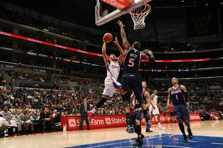 Josh Smith contesting inside shot vs. LAC