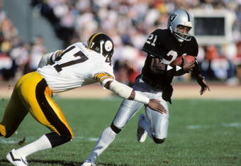 The Top Ten All Time Fastest NFL Players