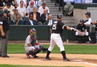 Jim_thome_batting_crop_340x234