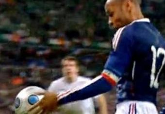990125-thierry-henry-handball_crop_340x234