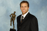 Dirknowitzkiteeth3261_crop_150x100