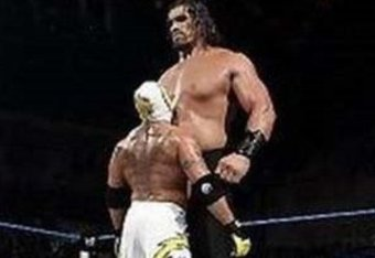 Rey_mysterio_vs_the_great_khali1_crop_340x234