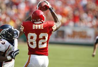 Dwayne-bowe-catch_crop_340x234