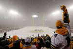 Lambeau_field_snow_crop_150x100