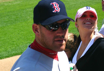 Youkilis_nationphoto_crop_340x234