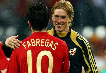 Fernando Torres memperingatkan Cesc Fabregas untuk memikirkan secara ...