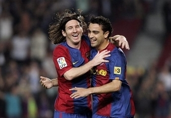 Messi-xavi_crop_340x234