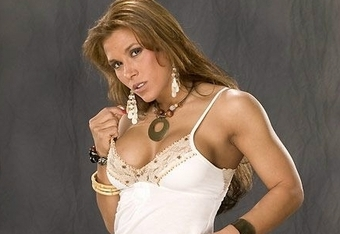 Mickie_james0017_crop_340x234