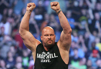 Stone-cold-showing-his-trade-mark-of-fingers_crop_340x234