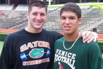 Os-gators-tim-tebow-trey-burton-575x431_crop_150x100