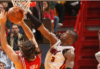 Hpg0809_heatvsrockets_081124_pic10_crop_340x234