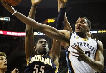 http://cdn.bleacherreport.net/images_root/images/photos/001/044/473/hibbert_crop_340x234.jpg?1286420790