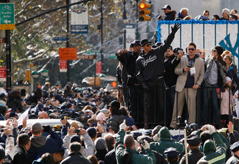 Yankees-parade_crop_340x234