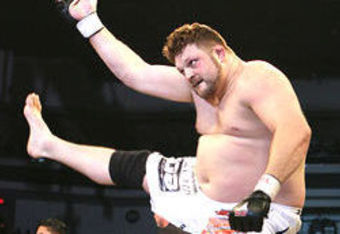 Roy Nelson Lands Fight at 146
