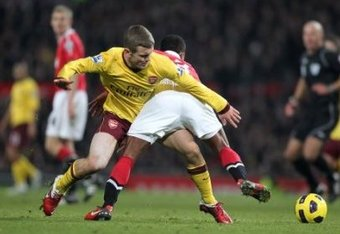 3863340091-soccer-barclays-premier-league-manchester-united-v-arsenal-old-trafford_crop_340x234
