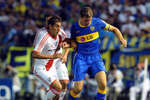 Martin-palermo-metio-cabezazo-manual_oleima20110122_0090_13_crop_150x100