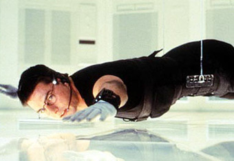 Ethan_hunt_dangling_cruise_crop_340x234