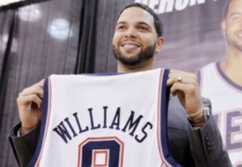 Deronwilliams_nets_crop_340x234