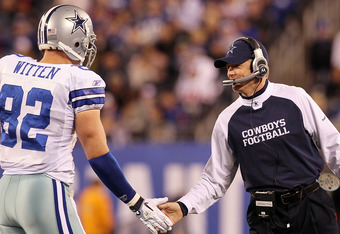 EAST RUTHERFORD, NJ - NOVEMBER 14:  Head coach Jason Garrett of the Dallas Cowboys celebrates a play against the New York Giants with Jason Witten #82 on November 14, 2010 at the New Meadowlands Stadium in East Rutherford, New Jersey.  (Photo by Jim McIsaac/Getty Images)