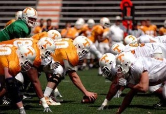 Tennessee_line_of_scrimmage_display_image_crop_340x234