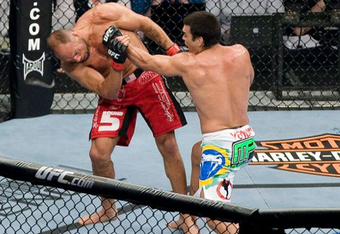 02-lyoto-machida-vs-randy-couture_crop_340x234
