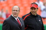 Scott-pioli-and-todd-haley-2009-nfl-oakland-r4vmtr_crop_150x100