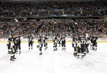 Penguins-consol_crop_340x234