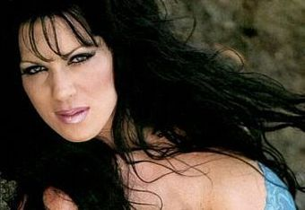 Chyna2_crop_340x234