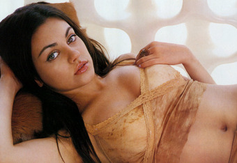 Mila_kunis-dress-haistyle-style-fashion-hot-celebrity-actress-_71_crop_340x234