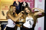 56710_candice_swanepoel_behati_prinsloo_vs_pink_mlb_collection_launch_16_122_105lo_crop_150x100